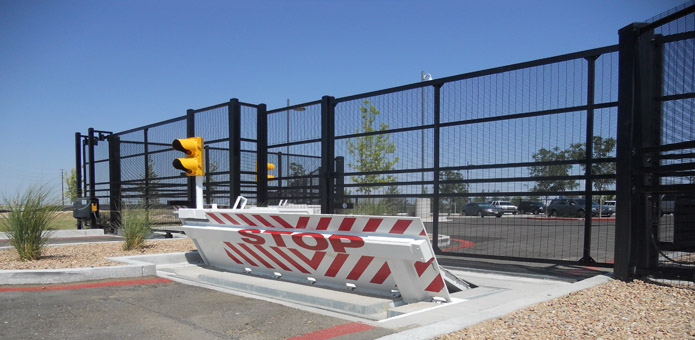 Crash Gate with Pop-up Barrier